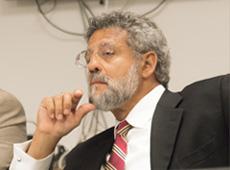Description: http://www.thebahamasweekly.com/uploads/17/Fred-Smith-QC.jpg