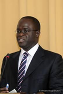 Description: http://www.thebahamasweekly.com/uploads/7/SM-BDB-Chairman_-Mr.-Darron-B.-Cash.jpg